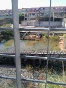 polideportivo embalsamiento agua vista desde el colegio.jpg